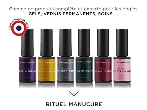 RITUEL-MANUCURE-AU-CONGRES-DE-L-ESTHETIQUE-ET-DU-SPA (Web)